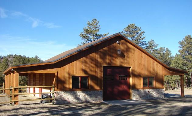 https://www.sapphirebuilds.com/wp-content/uploads/2015/10/Pole-Barns-Colorado.jpg